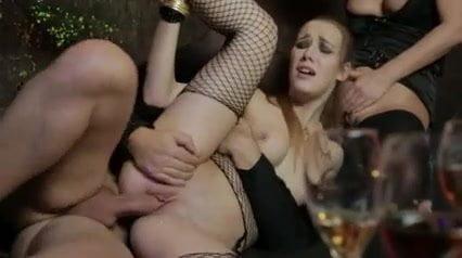 ruská dívka orgie chlupaté lesbičky lízání kundičky